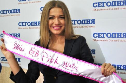 Нина Астраханцва